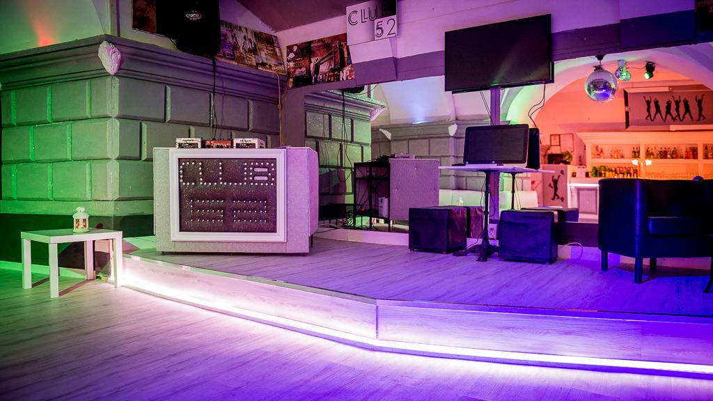 Palco Club 52 - Location a Roma per Feste 18 anni, eventi aziendali